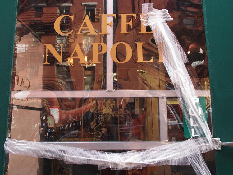 Napoli, band-aid, New York