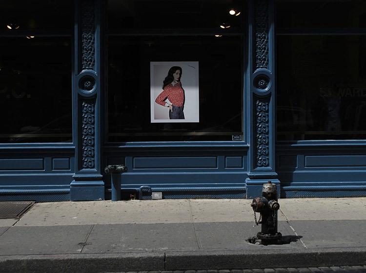 center, line, New York