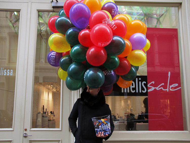 bubble, head, New York