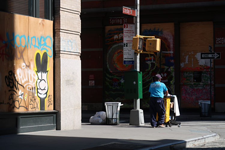 cleaning, up, New York