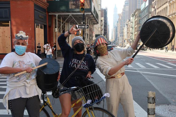 New York cele brate