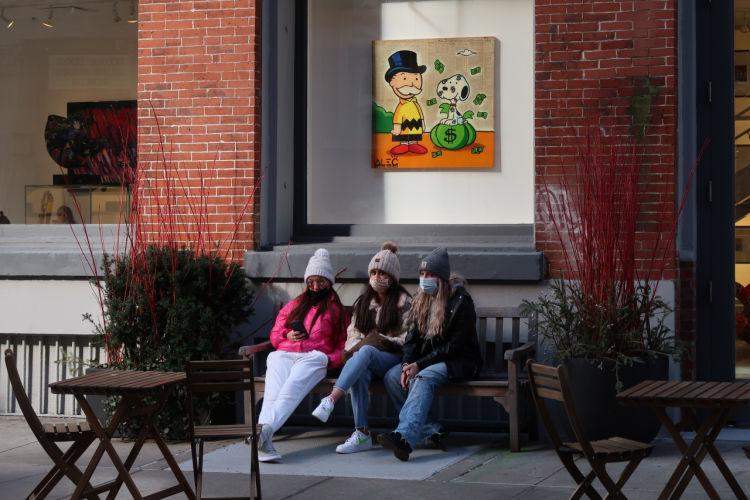 New York bench trio