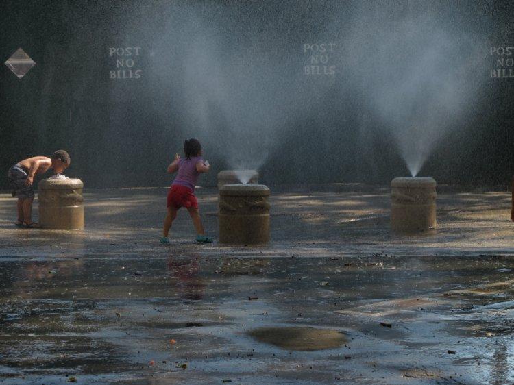 New York humidity 99%