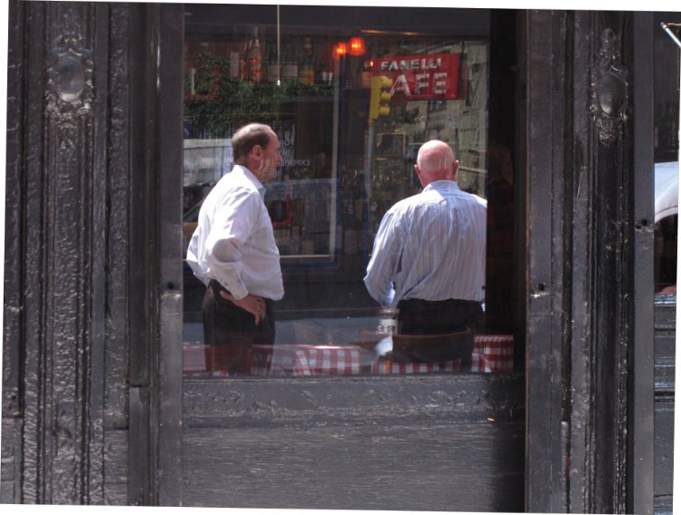New York mirrored conversation